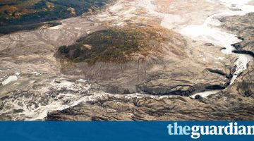 Climate Change causes Immense Canadian River to Dry Up in just Four Days